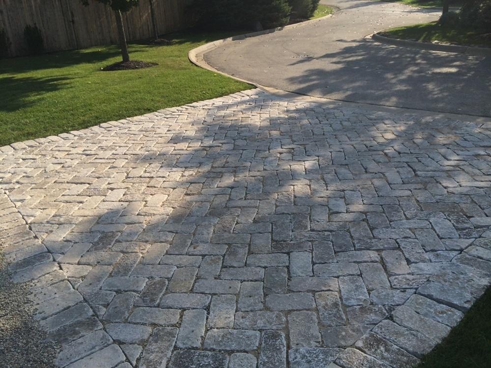 Red Granite Driveway : Driveways pavestone brick pavingpavestone paving